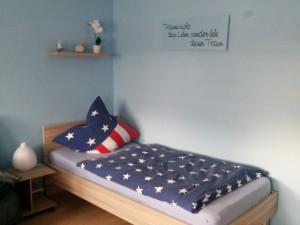 Bett im Wohn/Schlafraum
